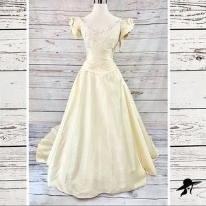 Vintage antique ivory gold wedding dress gown bead